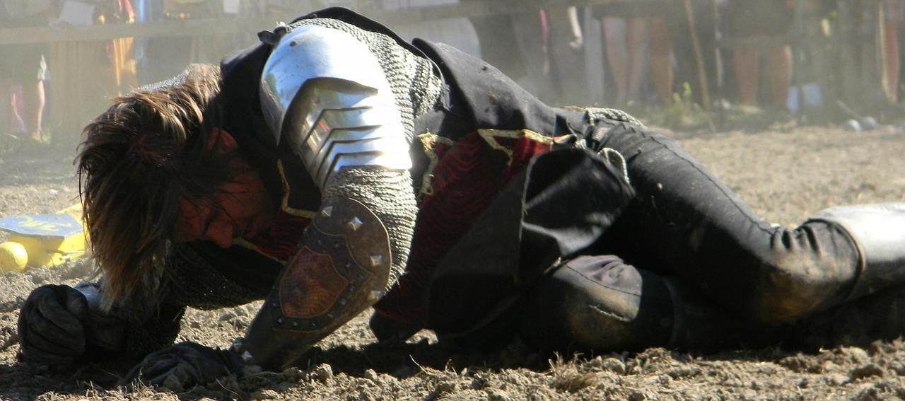 knight-321443_1280